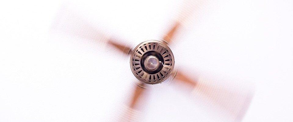 Máte v kanceláři horko? Zachrání vás klimatizace nebo ochlazovač vzduchu